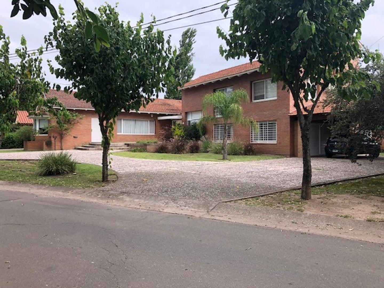 Casa en Venta en Las Delicias - 7 ambientes