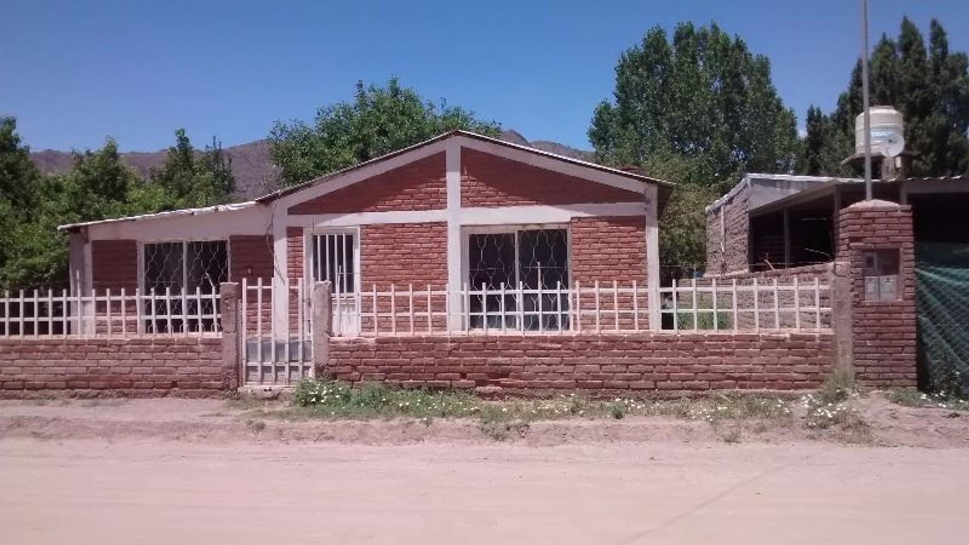 Casa en Venta en Bº Santa Elena, Uspallata