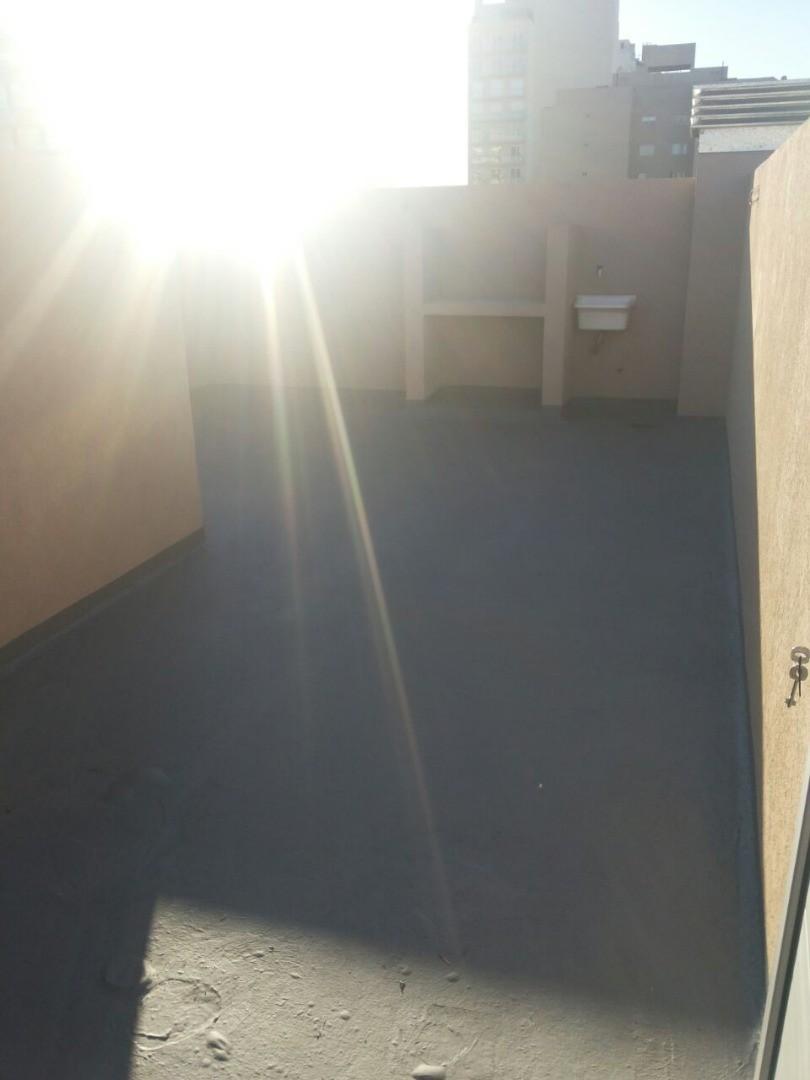 Dpto 2 ambientes con terraza propia de 35 m2