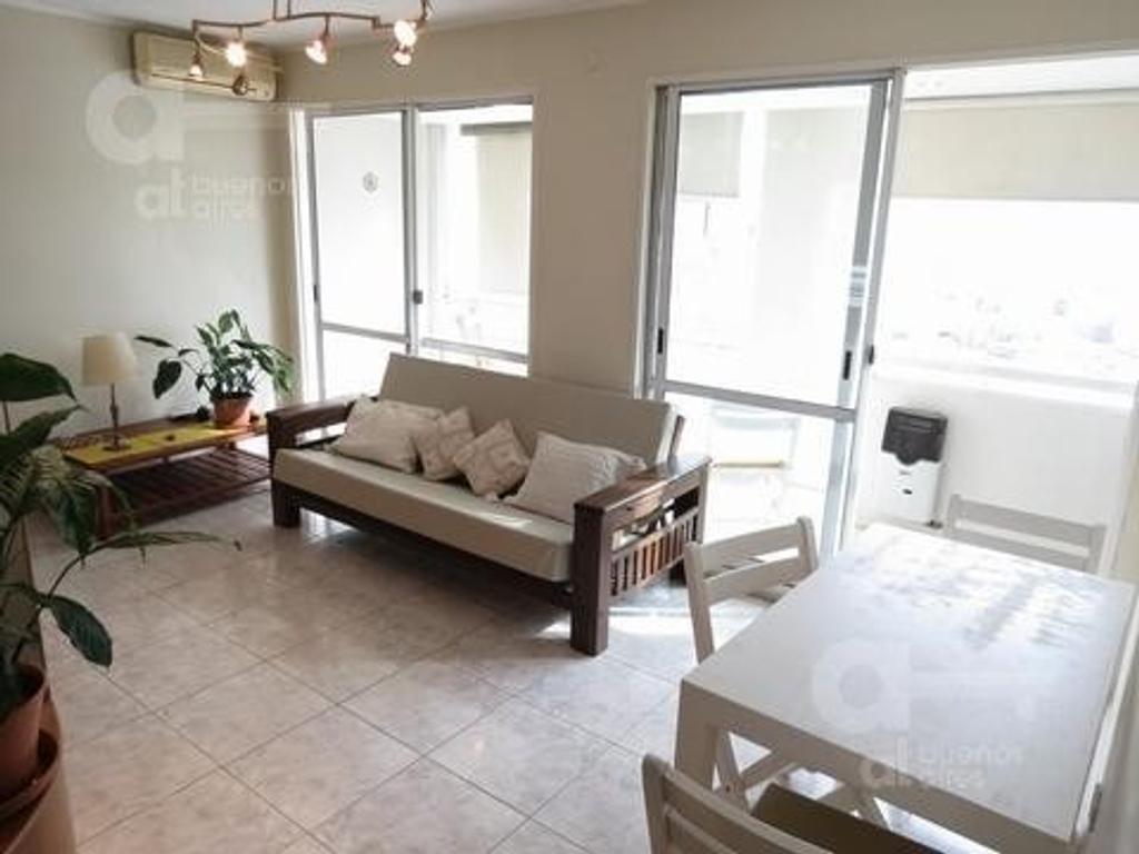 Palermo. Departamento 2 ambientes con balcón. Alquiler temporario sin garantías.
