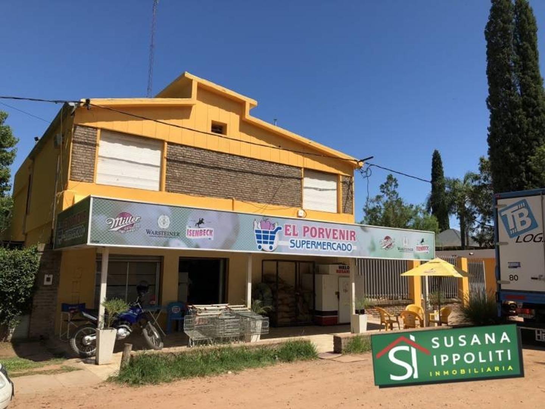 Autoservicio con 40 años de trayectoria en Funes – Local, Casa y Deposito.