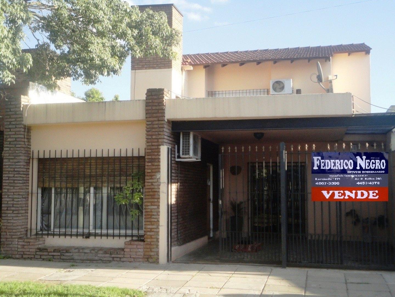 Casa - Venta - Argentina, San Miguel - San Lorenzo 1011