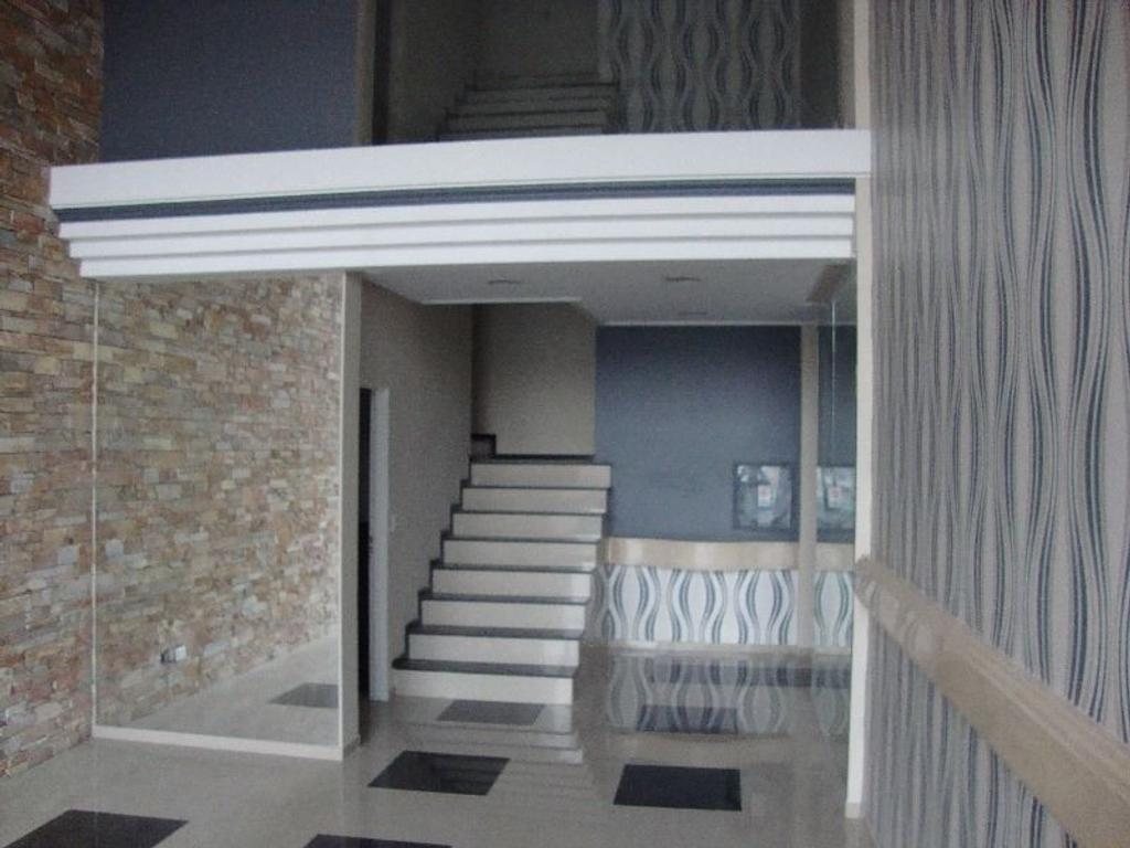 semi piso contrafrente de 3 ambientes con cochera y baulera