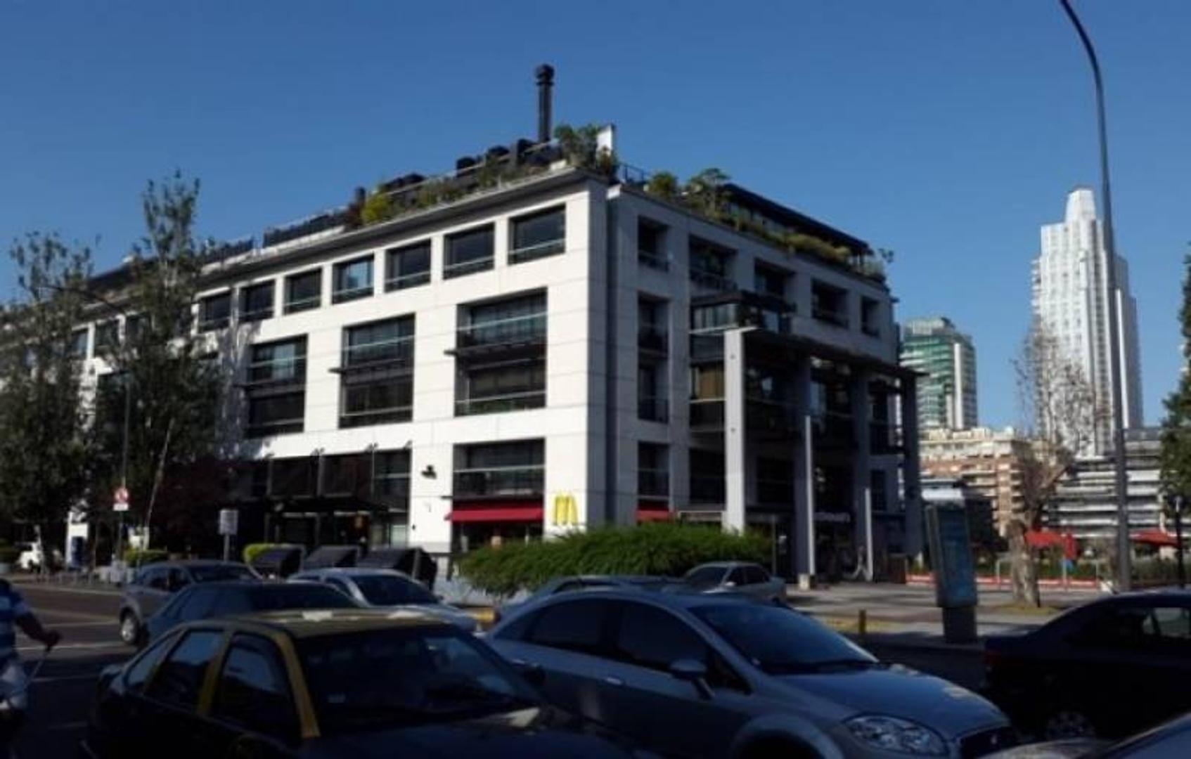 Oficina en alquiler en cabecera sur Puerto Madero