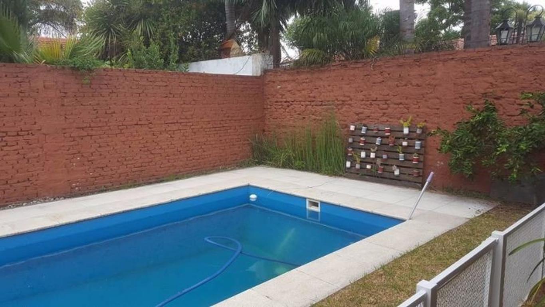 VENDO CHALET A NUEVO EN LA MEJOR ZONA DE EL PALOMAR, AMPLIO TERRENO PISCINA Codigo: 7374