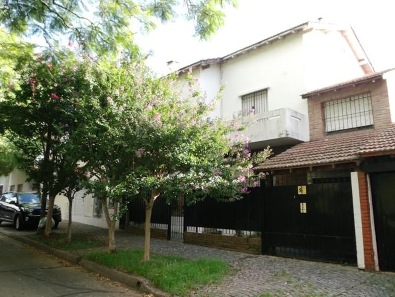 Casa en Venta en Vicente Lopez Vias / Rio
