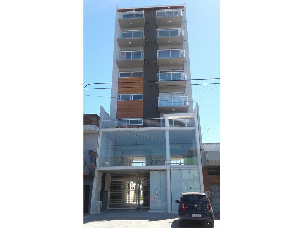 MONOAMBIENTE a Estrenar ! Para uso vivienda o comercial ! Av. H. Yrigoyen e/Suipacha y San Lorenzo