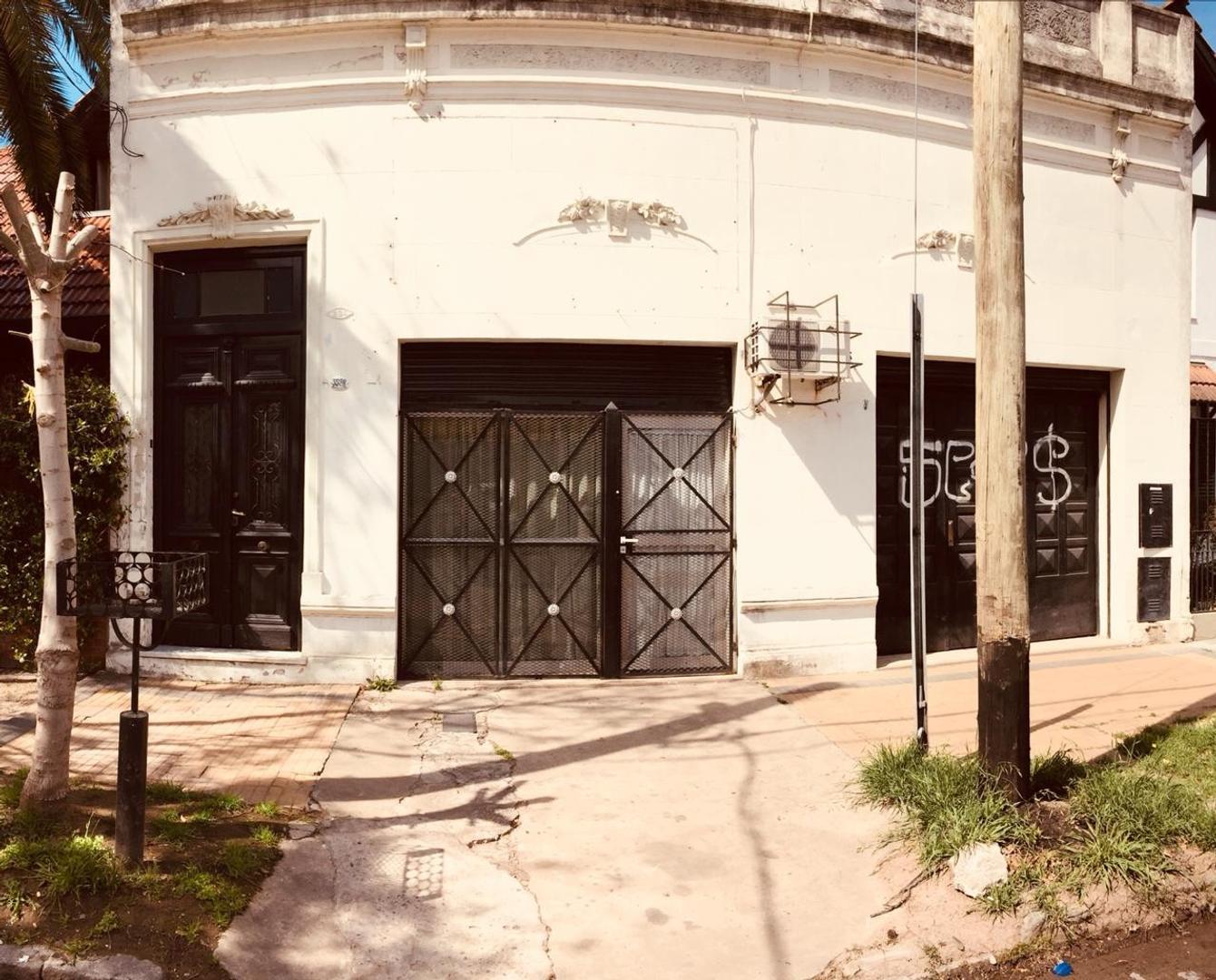Casa en Venta en Villa Talleres - 6 ambientes