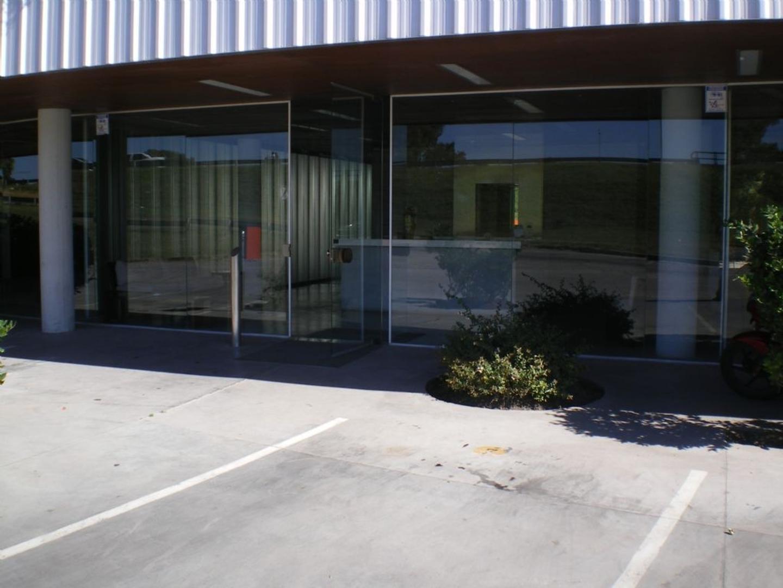 Oficina  en Venta ubicado en Pilar, Pilar y Alrededores - PIL3453_LP106746_1
