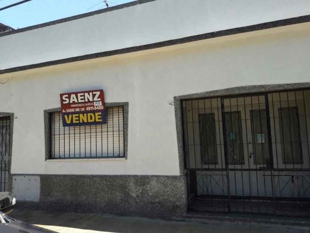 CASA APTA PARA 2 FAMILIAS // GARAGE // TERRAZA // PATIO
