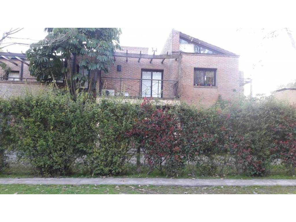 Venta de Departamento en Condomonio La Esquina zona Pilar, Gran Bs.As., Argentina,
