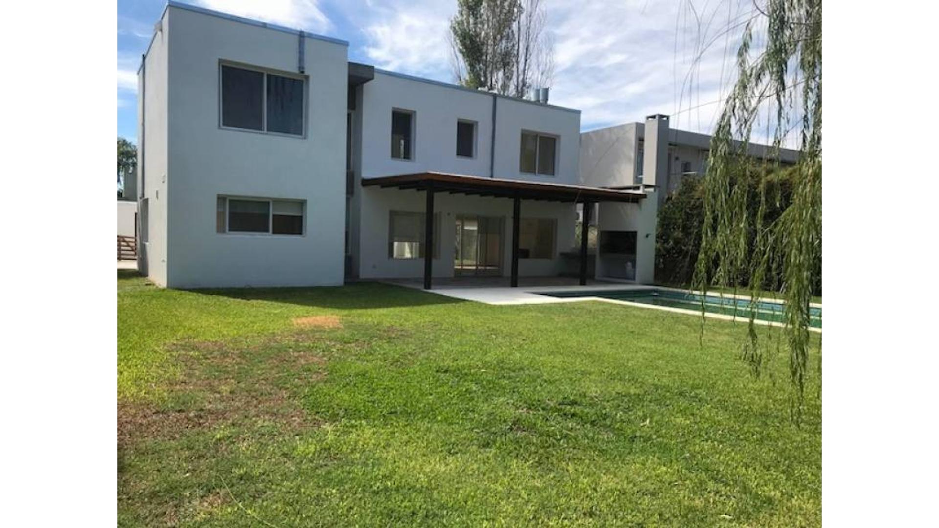 Casa  en Santa Barbara, Tigre