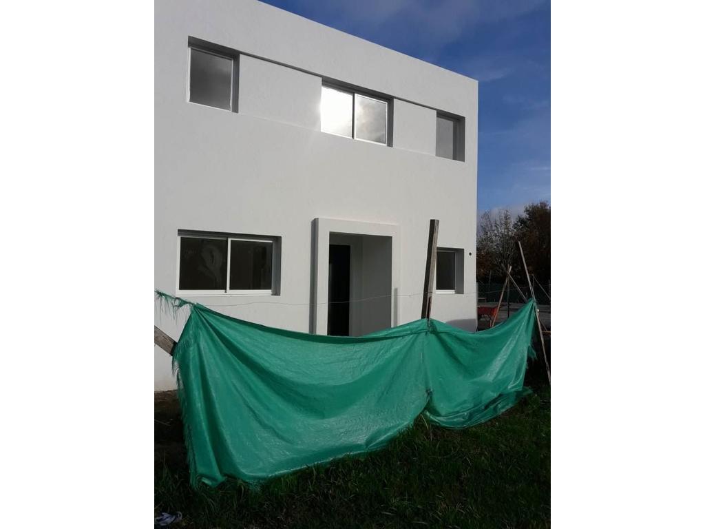 Venta de Casa en El Portal zona Pilar, Gran Bs.As., Argentina, Estilo Italiana