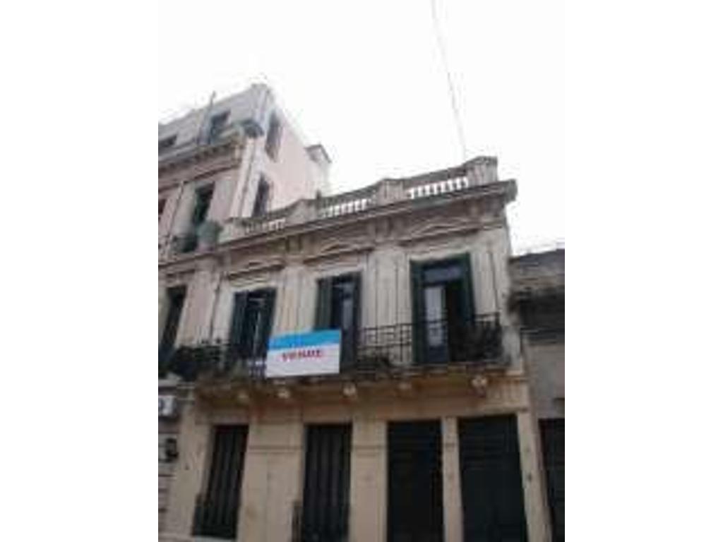 Casa en venta en pje san lorenzo 300 san telmo argenprop for Casa de azulejos en capital federal