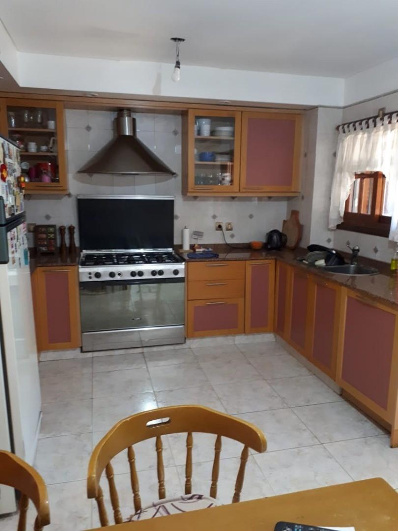 Casa - 270 m² | 3 dormitorios | 18 años