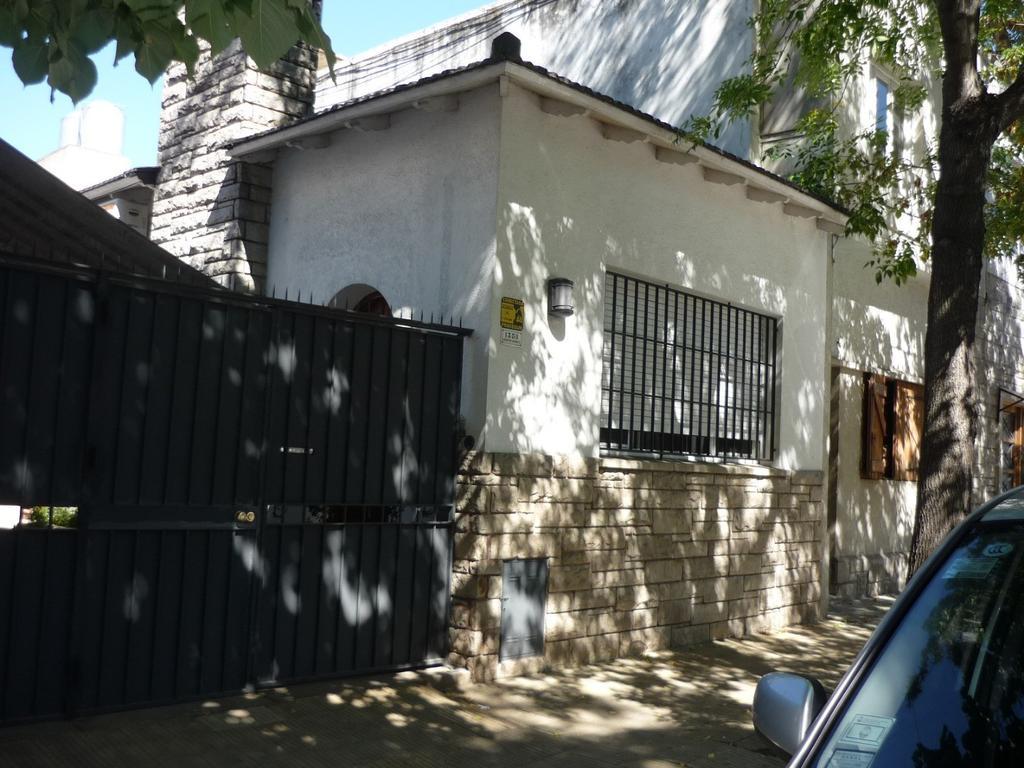 Casa - 4 Ambientes - zona residencial de Vicente López