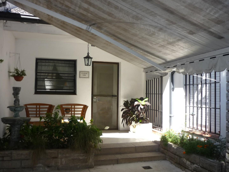 4 amb, en la zona residencial de Vicente López, toda en planta baja