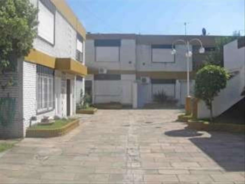 V318. Ramos Mejia, venta ph 2 amb. Consultas: tel 4656-0788