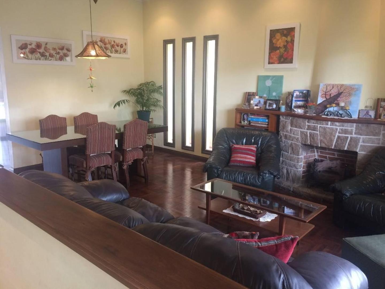 CHALET EN PUERTO RICO  1800, MARTINEZ, SAN ISIDRO - BUENOS AIRES