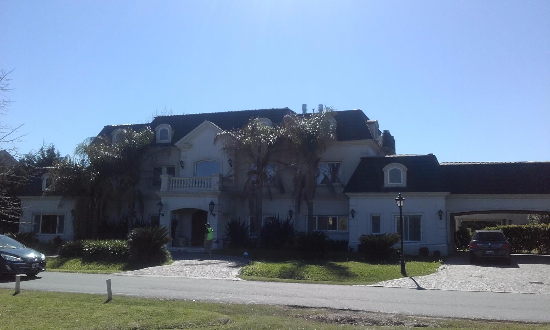 Casa en Country La Lomada