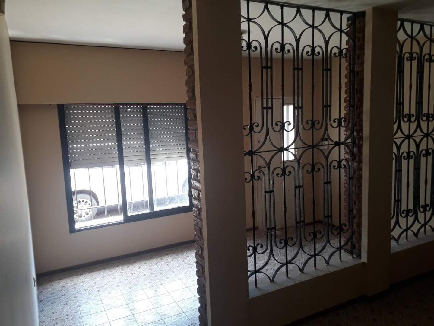 Casa en Venta en Ludueña - 3 ambientes