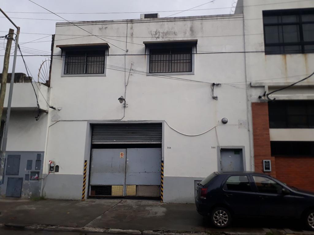 DUEÑO DIRECTO  Alquila Excelente Galpon en Zona Industrial Dominante