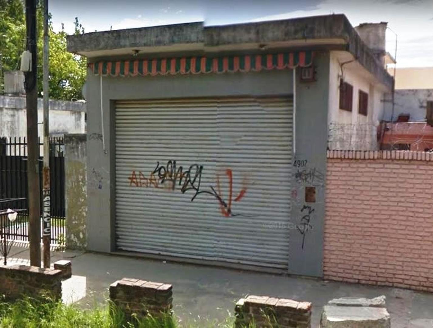 LOCAL DE 5 X 11 EN BARRIO LOS PINOS.