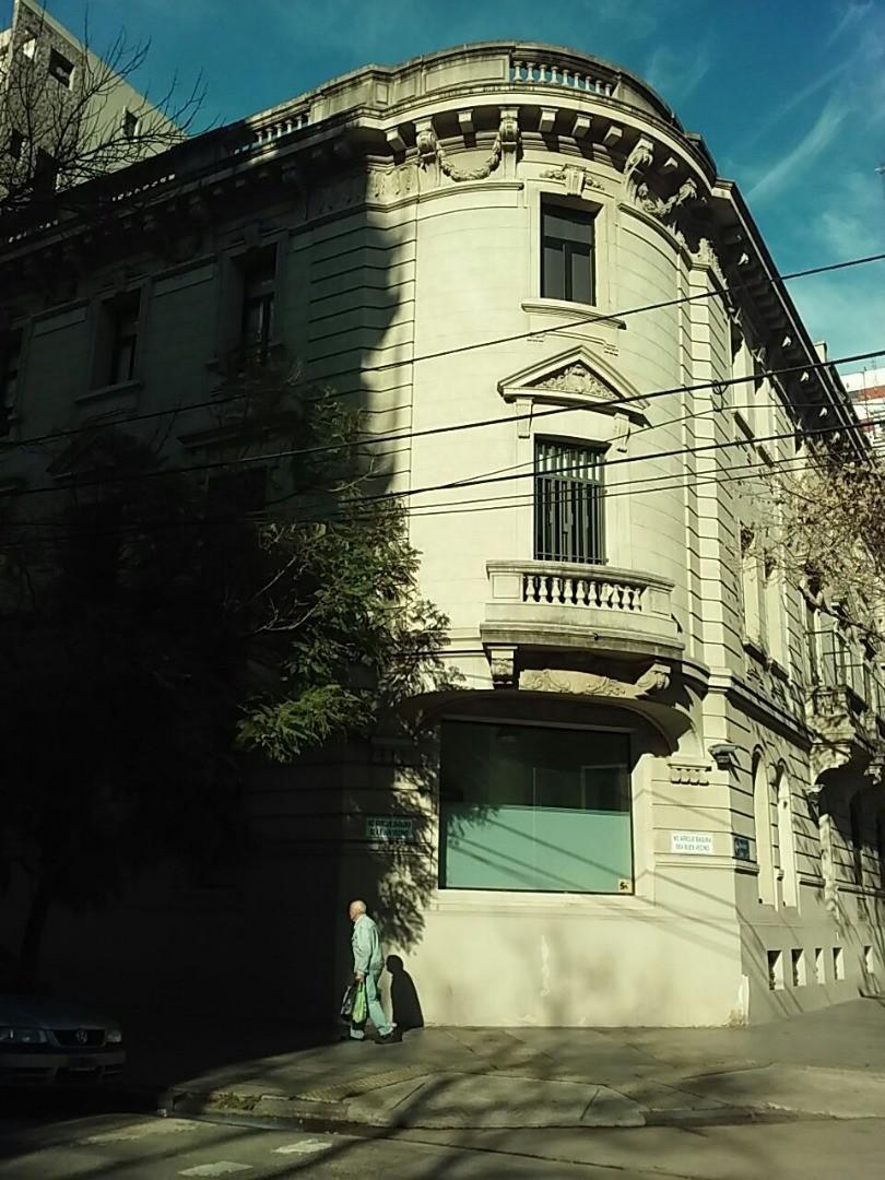 Oficina en Venta en Belgrano R - 3 ambientes