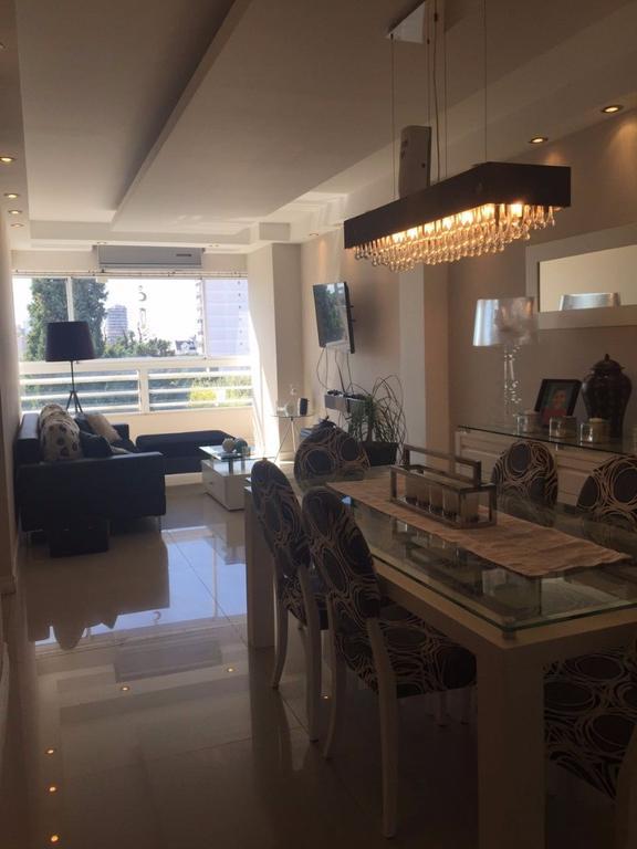 Semi piso de 4 ambientes con terraza propia y quincho EXCELENTE ESTADO !!!!!