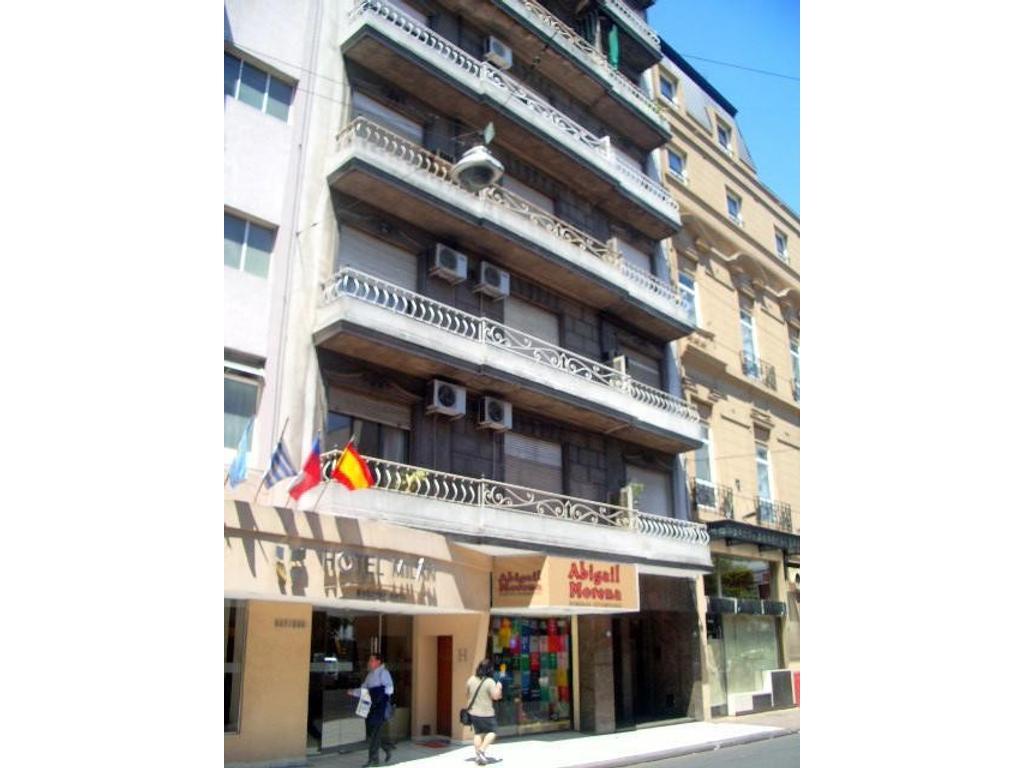 DEPTO  - TRIBUNALES - Montevideo 333  - 3 AMB. c/depend.-  Edif. de cat. - Luminoso