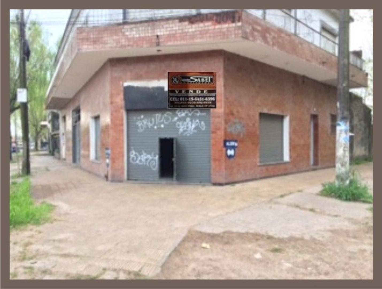 EXCELENTE LOCAL COMERCIAL EN ESQUINA
