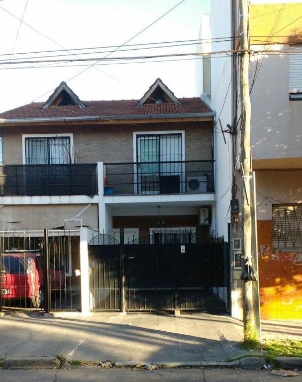 Villa Ballester: Excelente Duplex 4 Amb. Apto Crédito