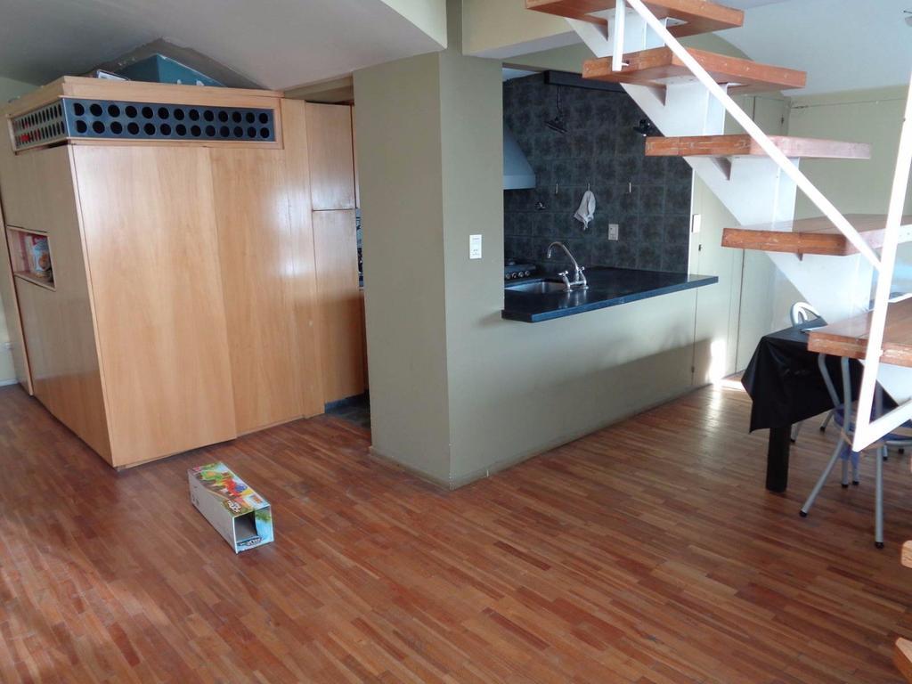 Departamento 2 ambientes c/ escritorio Plano Centro!!