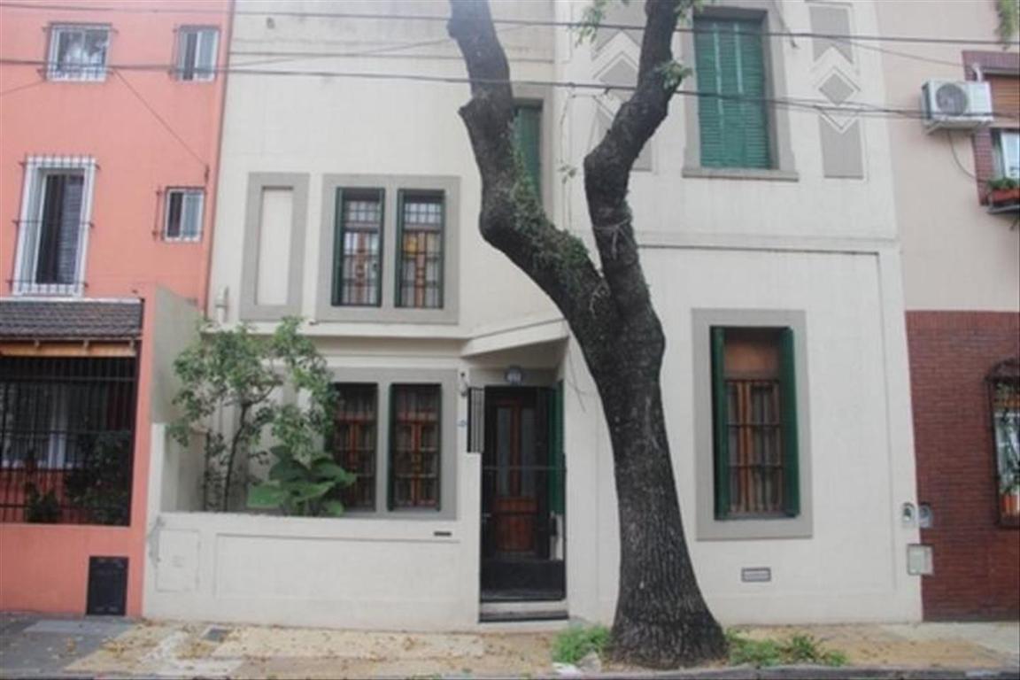 Casa en Venta de 4 ambientes en Capital Federal, Parque Chacabuco