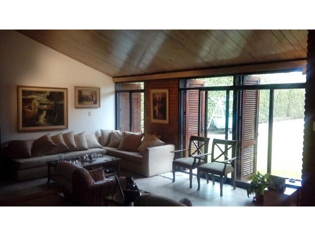 Casa en venta en santa marta al 3500 jardin espinosa for Barrio jardin espinosa cordoba