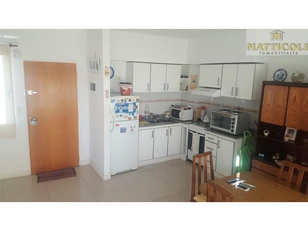 VENTA - Hermoso 2 ambientes en piso 12 con terraza propia. 88 m2 totales MUY LINDO - Villa Ballester