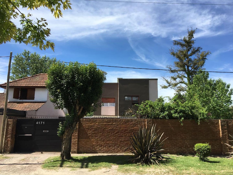 Casa en venta en Gonnet Calle 15 e/ 489 y 490 Dacal Bienes Raices
