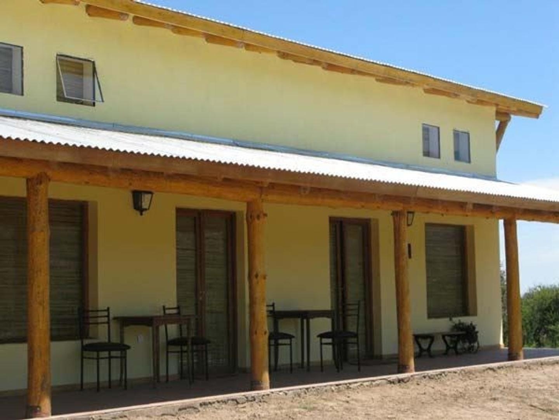 Casa en Venta en Cortaderas - 8 ambientes