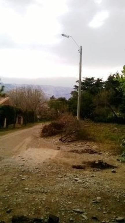 Fracción de casi 800 mts 2 a una cuadra de Avenida del Sol Villa de Merlo Oportunidad