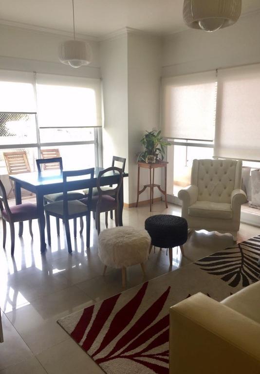 Departamento de tres ambientes con cochera