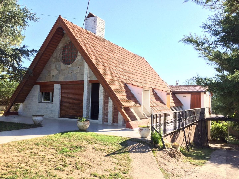 Casa Alpina En Venta Villa Carlos Paz.