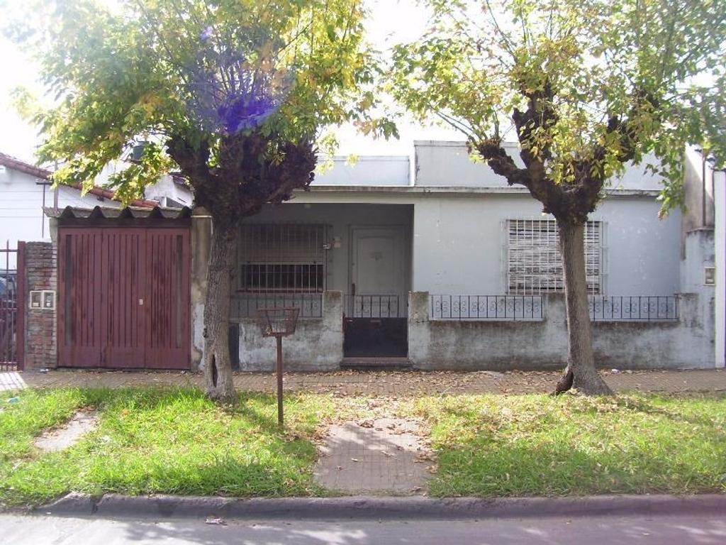 Casa en venta en campo de mayo 7729 villa bosch for Jardin hormiguita viajera villa bosch