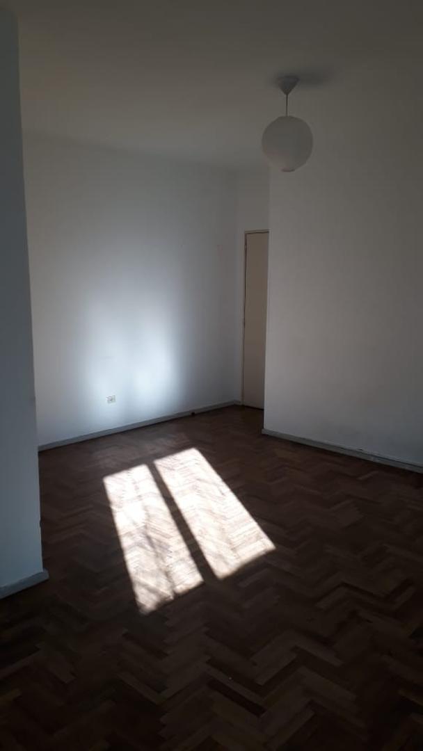 Departamento en Alquiler en Almagro - Monoambiente