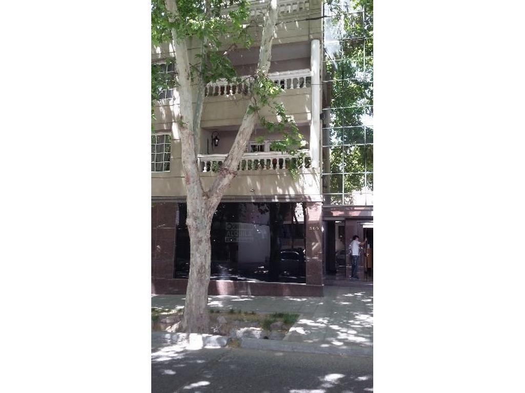 Venta de Local en calle Martin Zapata 380-Ciudad