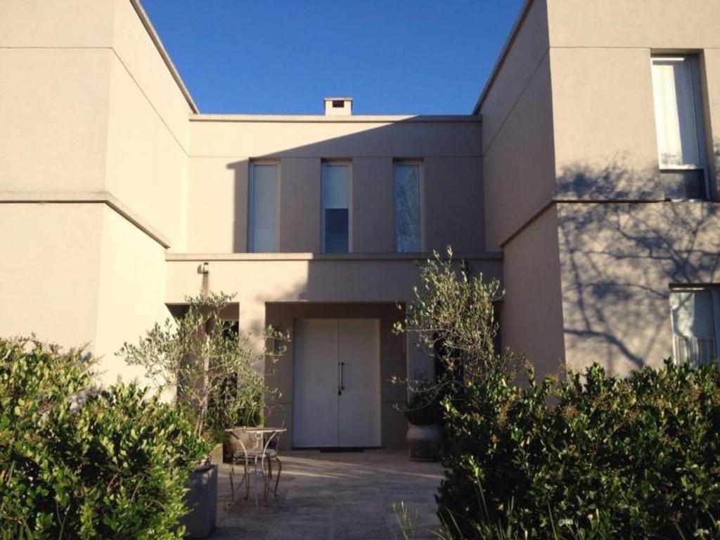 Casa en venta en santa barbara 100 santa barbara argenprop - Apartamentos santa barbara ...