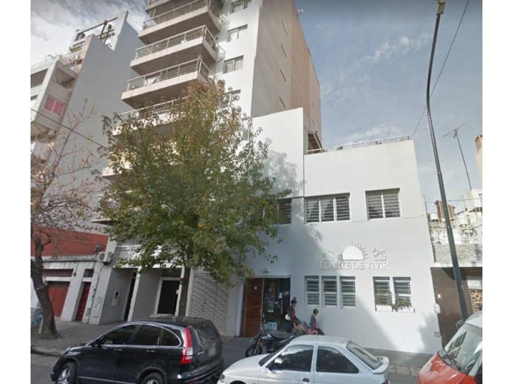 Edificio en block en Venta para uso comercial o educativo.