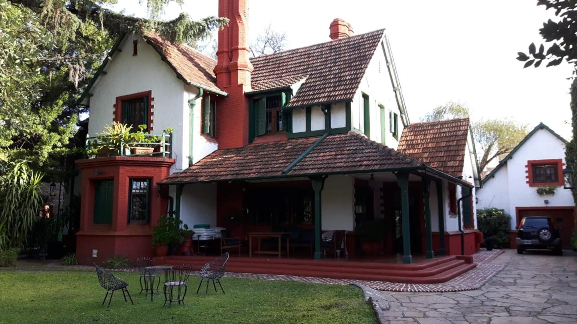 Casa en Venta en Olivos - 5 ambientes