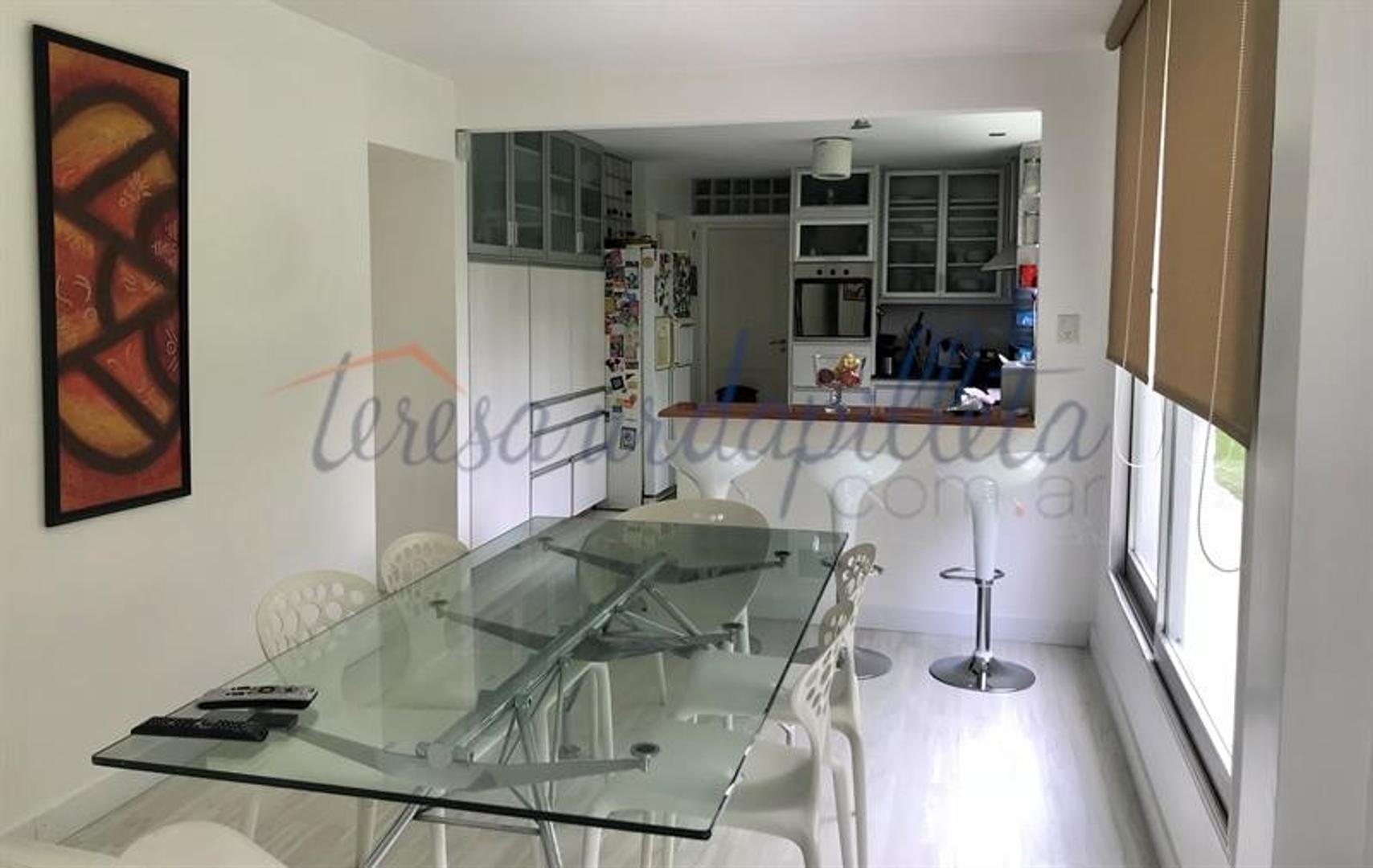 Casa - 500 m² | 4 dormitorios | 5 baños