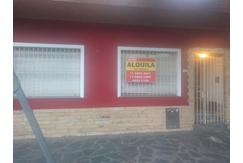 Oficina comercial o local a la calle de 100m2 a 100 m de la municipalidad de Moron