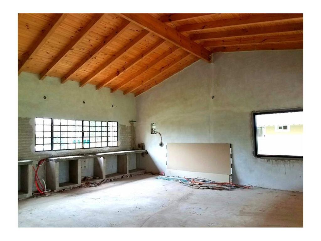 Casa en Barrio La Celia Ezeiza. planos aprobados.